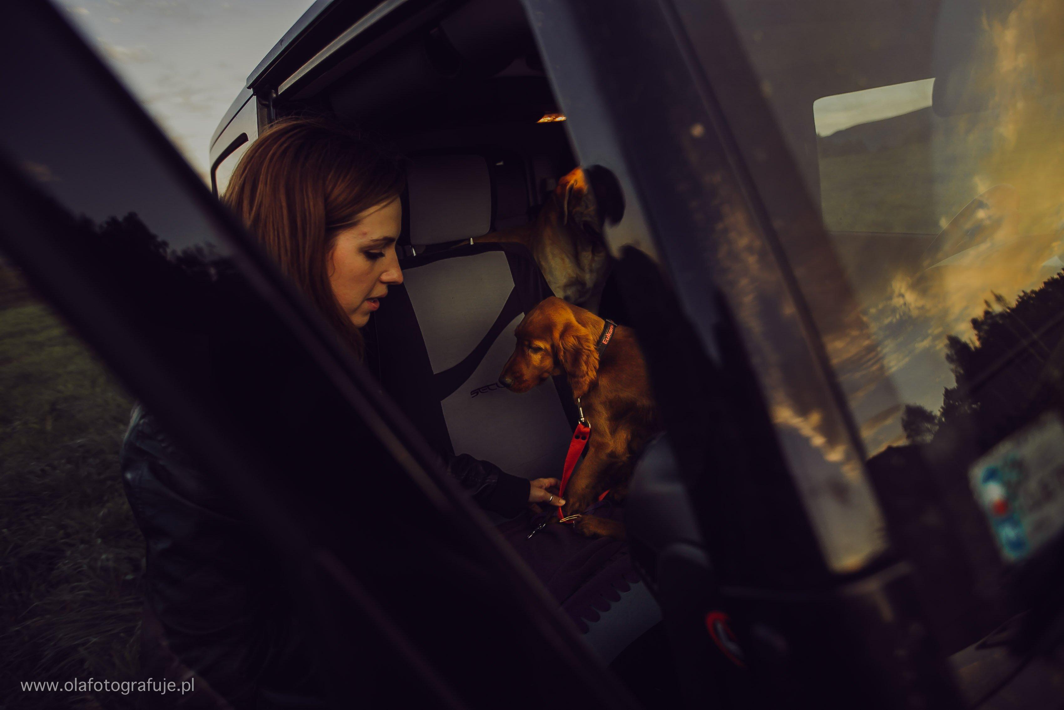 Fotograf ślubny Jelenia Gora-sesja narzeczeńska-056